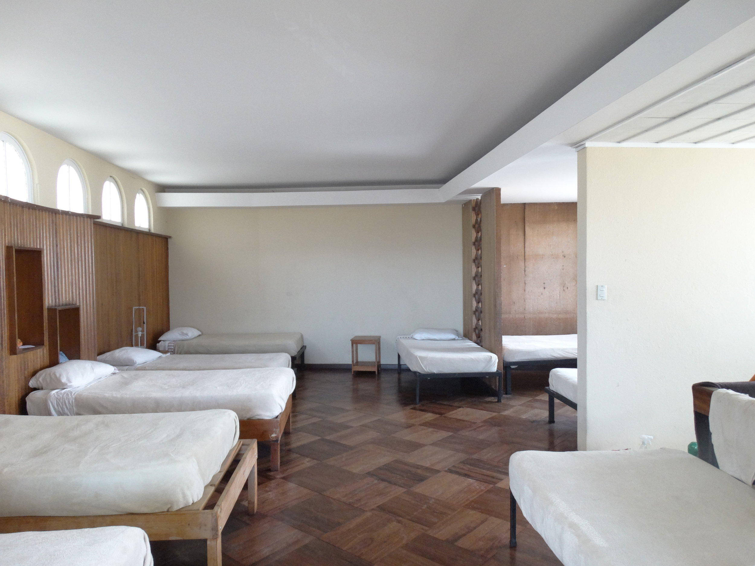 Room with multiply beds