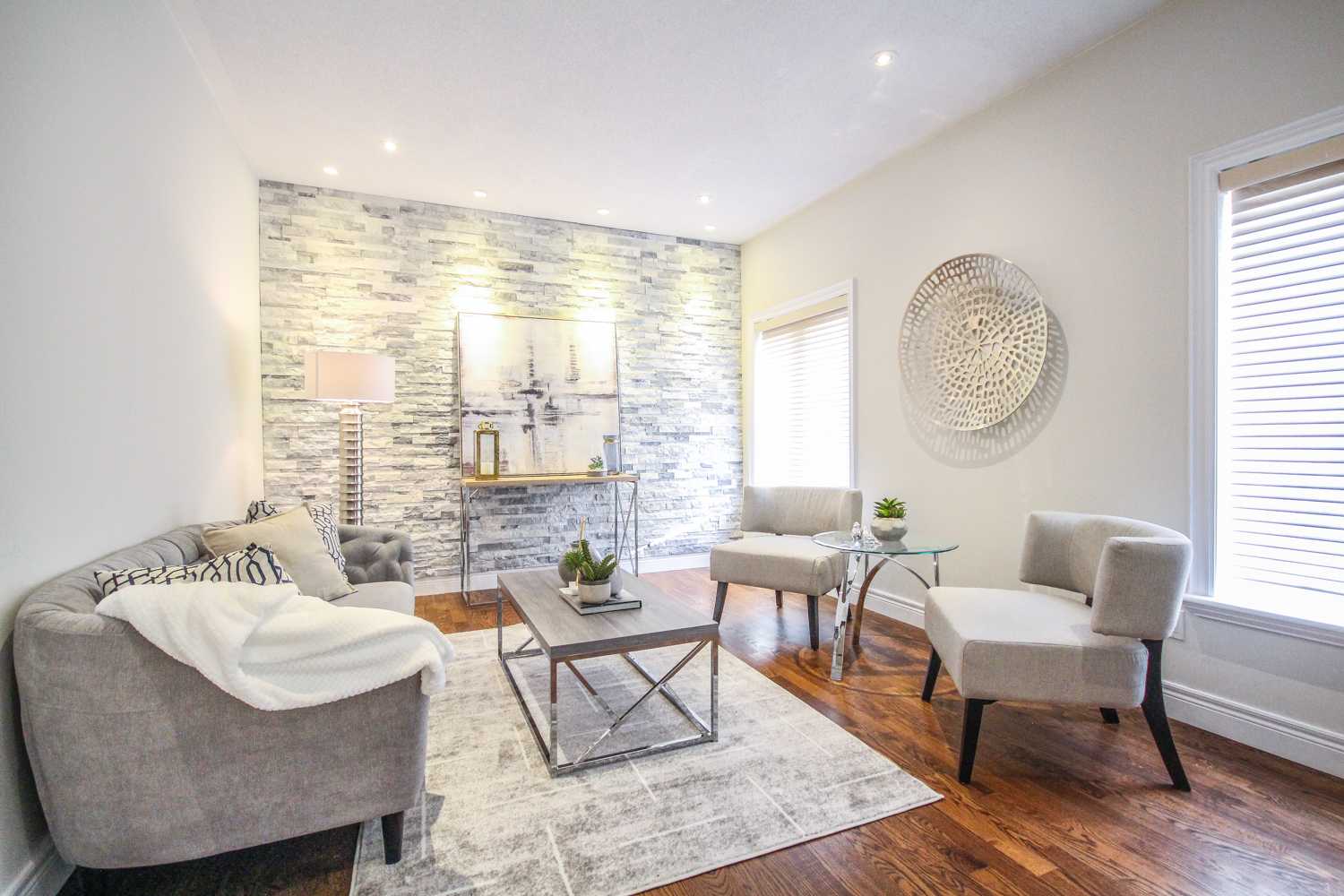 Michelle Vaughan Maple luxury home staging luxury home stager   Classy Glam Staging 4