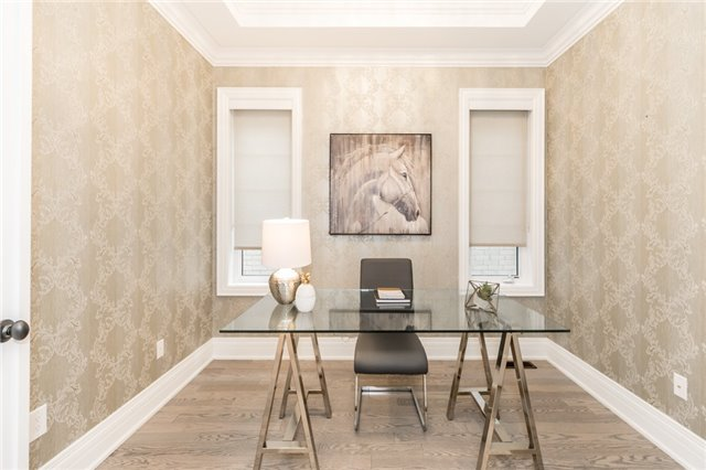 Foley Vaughan luxury home staging home stager | Classy Glam Staging 2