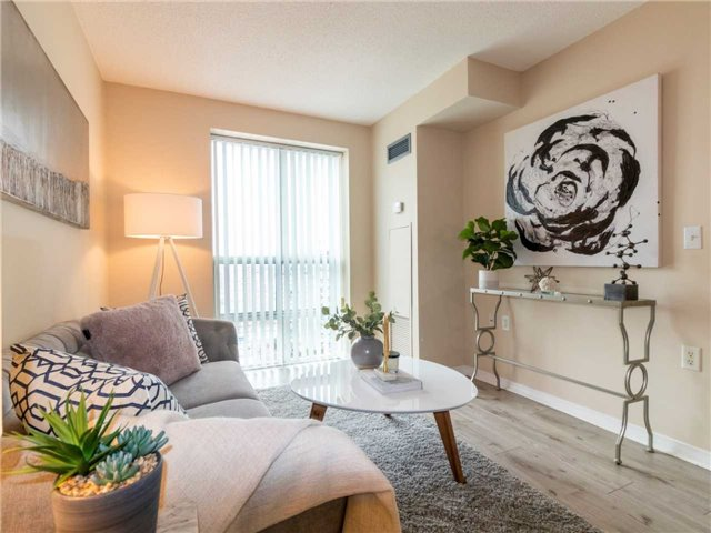 Princess Place III Condo North York vacant condo staging | Classy Glam Staging 3