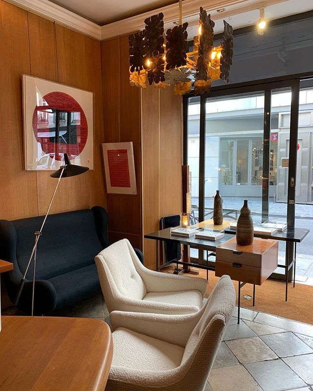 😍 . . . . . #furnituremakeover #mcm #midcenturymodern #shabbychic #farmhousestyle #interiordesign #vintagefurniture #furniture #midcentury #midcenturyfurniture #teak #art #vintage #danishdesign #love #farmhouse #antique #scandinaviandesign #homedecor #interiors #upcycle #farmhousedecor #diy #design #retro #home #rustic #danishmodern #interior #decor