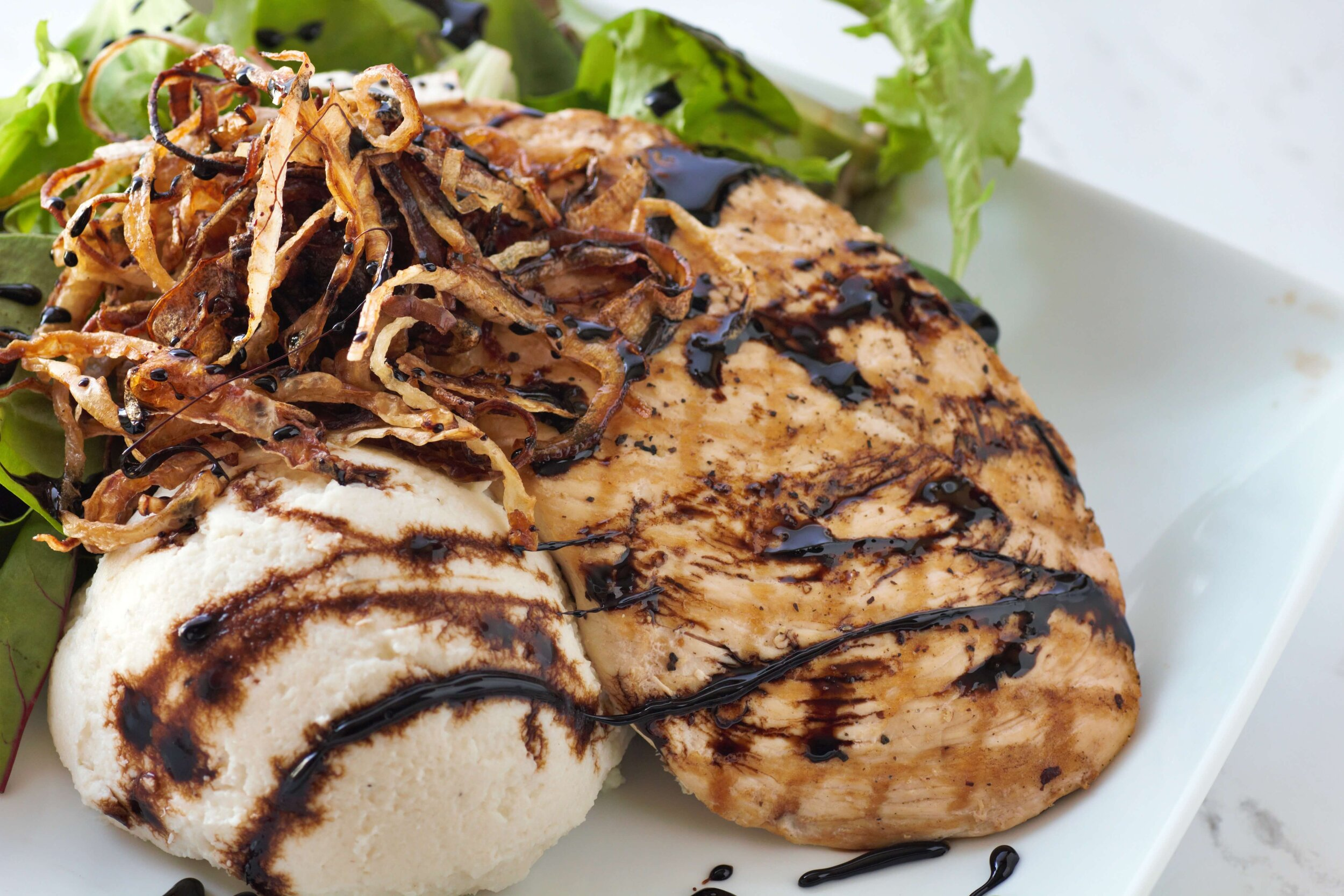 Balsamic chicken tastes like it came out of a snazzy bistro, yet this recipe is still totally low carb! You'll love the balance of flavor and texture in this dish.