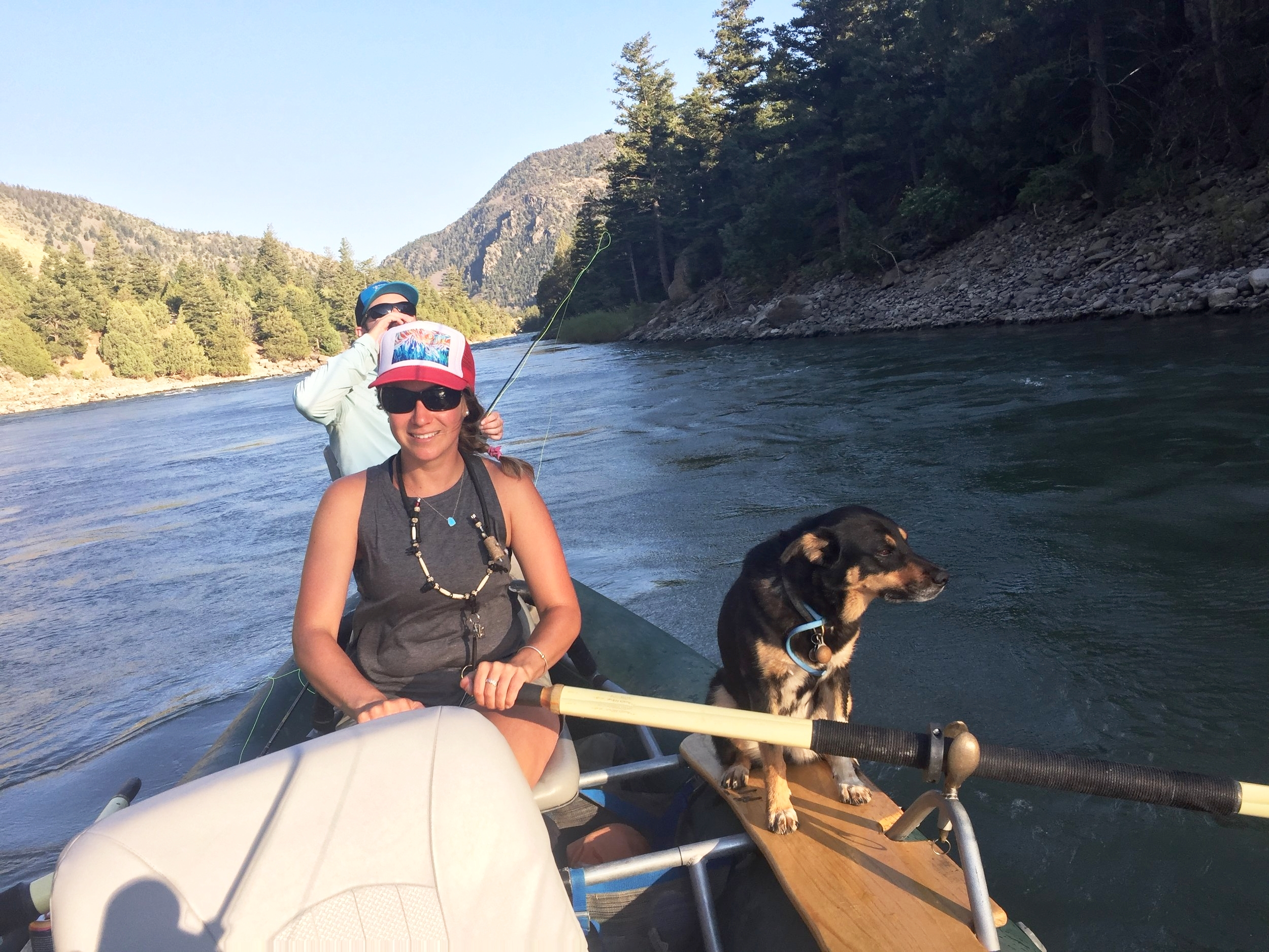 7/15/2018-Guide in training, Mollymoo, showing off her rowing skills through the Canyon.