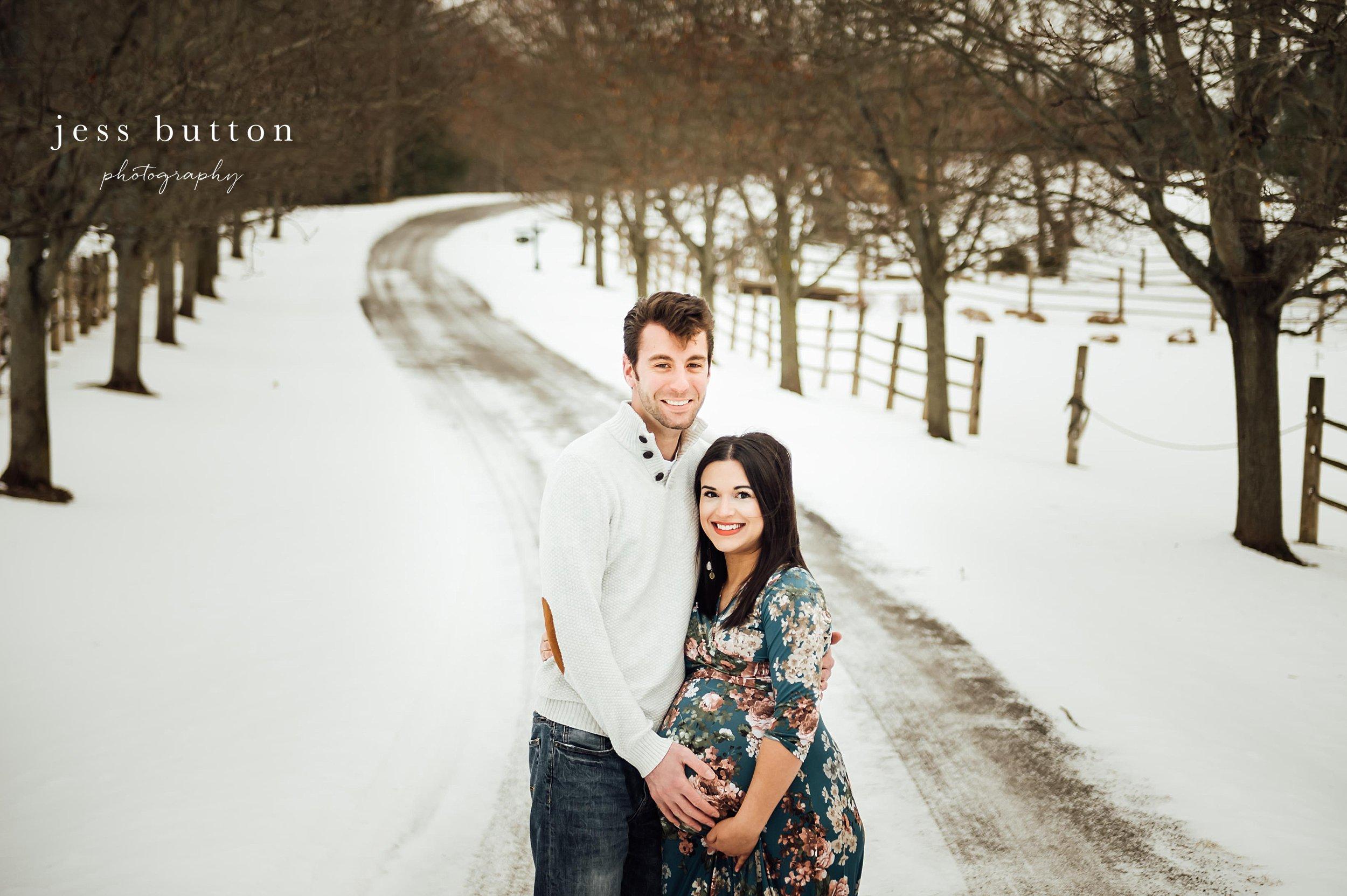 Niagara Maternity | Awaiting a Baby Girl | Fonthill Newborn Photographer
