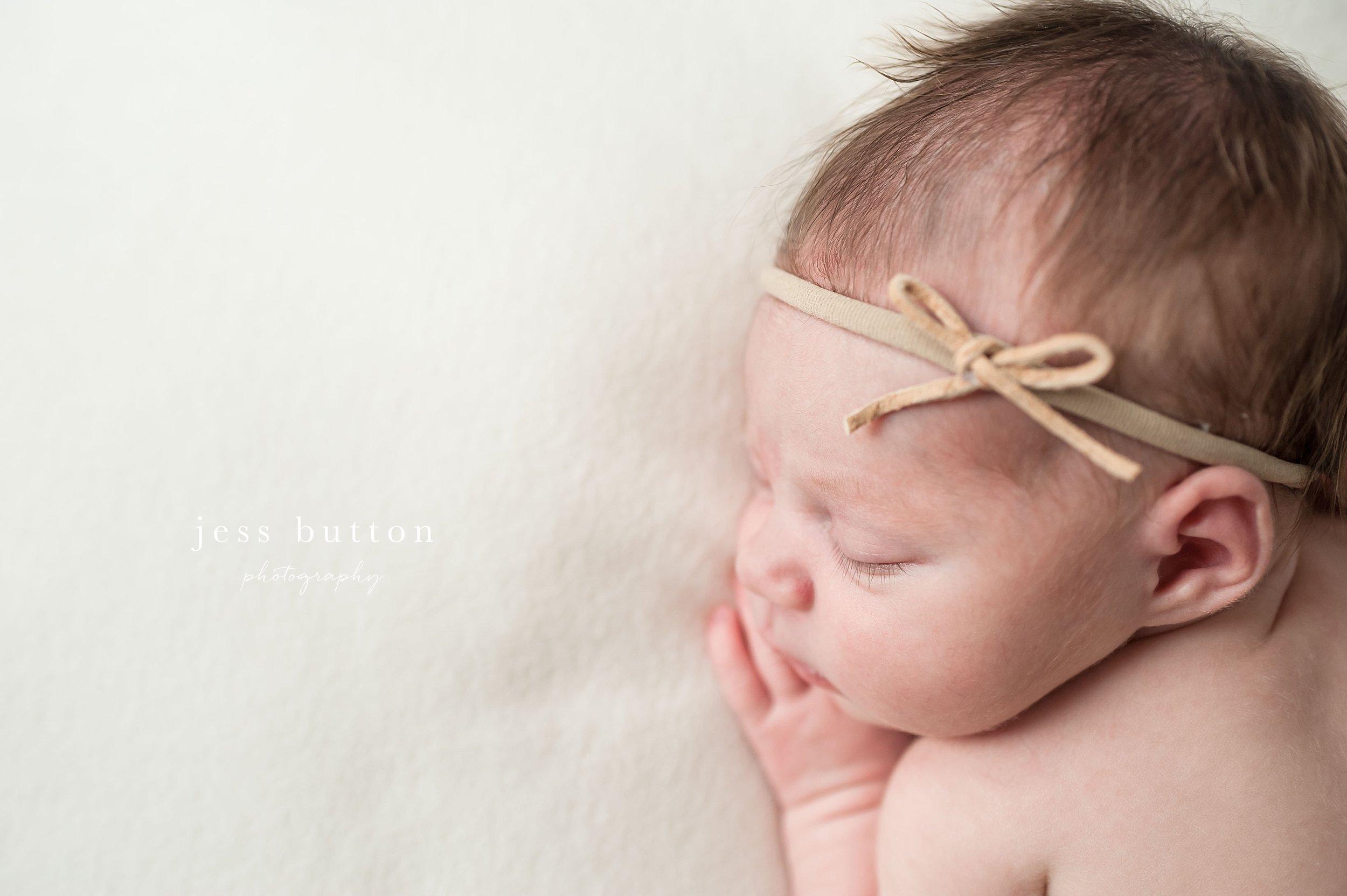studio lifestyle   8 day old baby girl   Niagara Falls Newborn Photographer
