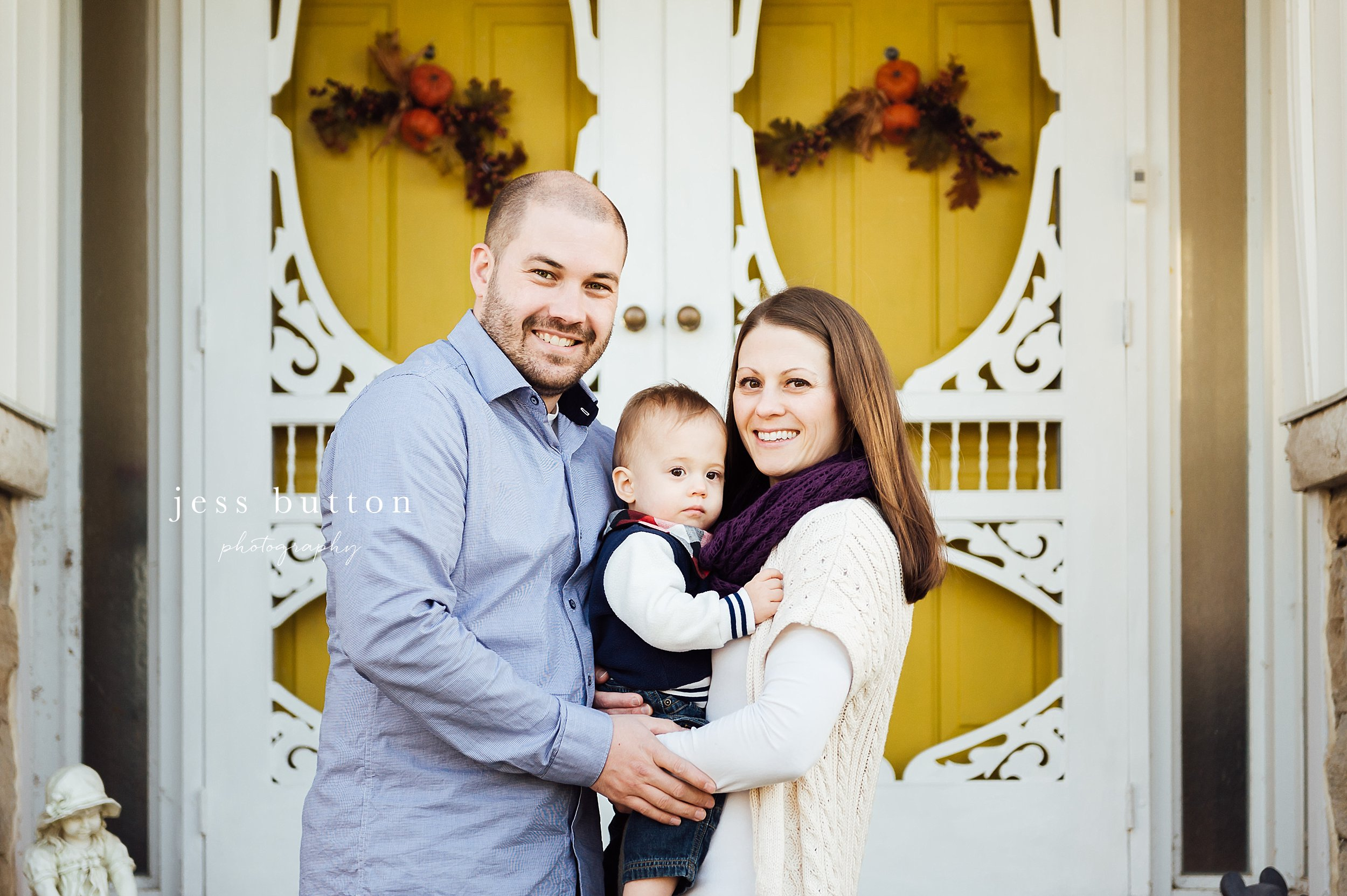 Niagara Family Photographer - photos at home in St Catharines - family of 3 on front porch