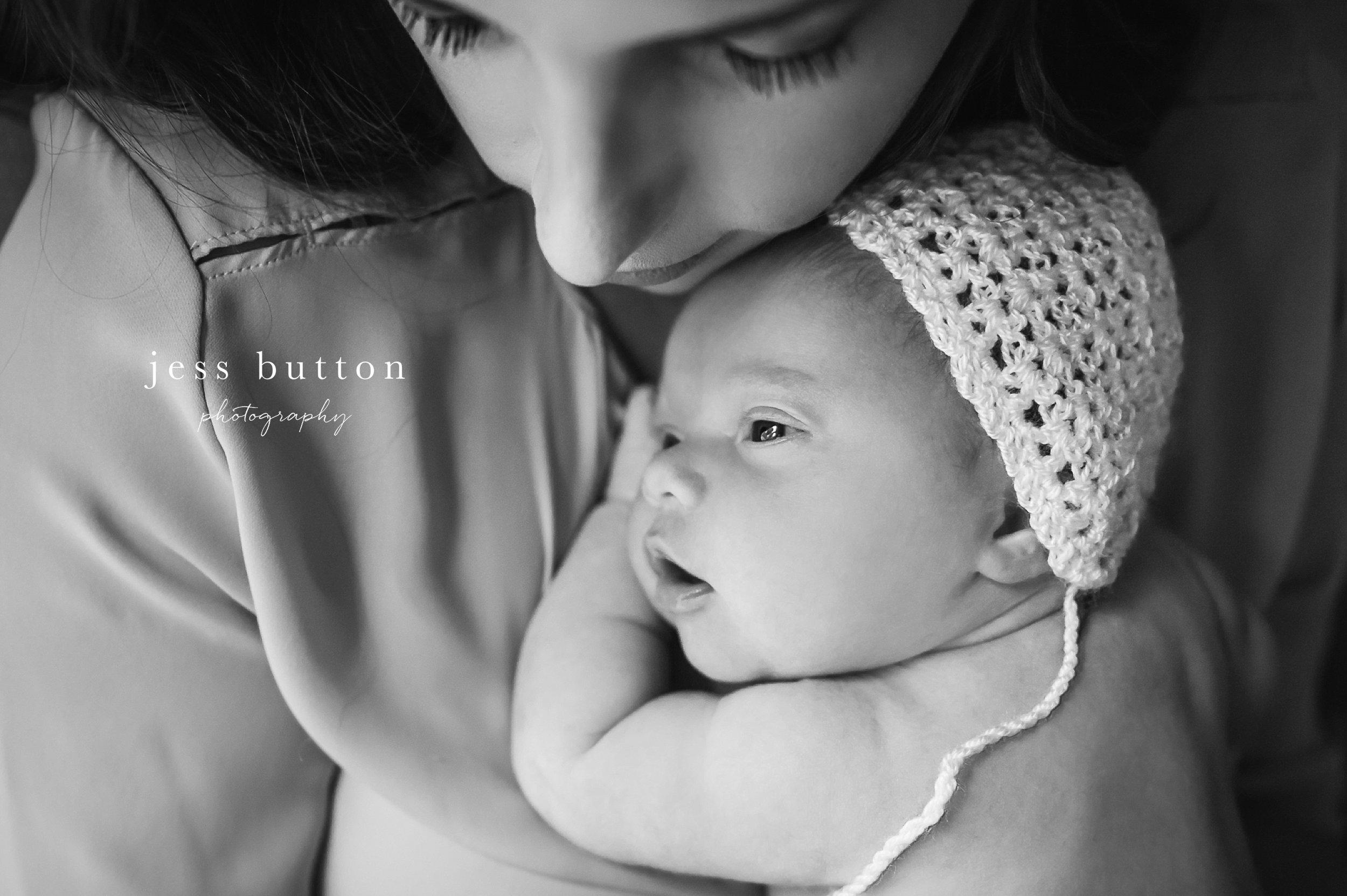 Niagara newborn photographer