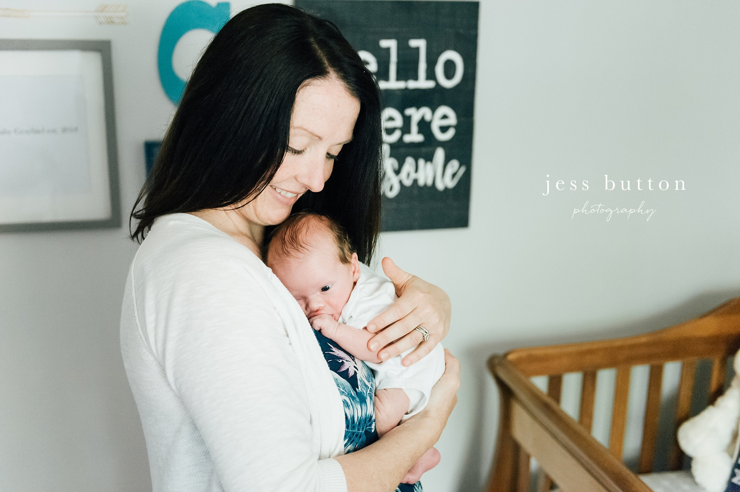 niagara region in home newborn photographer