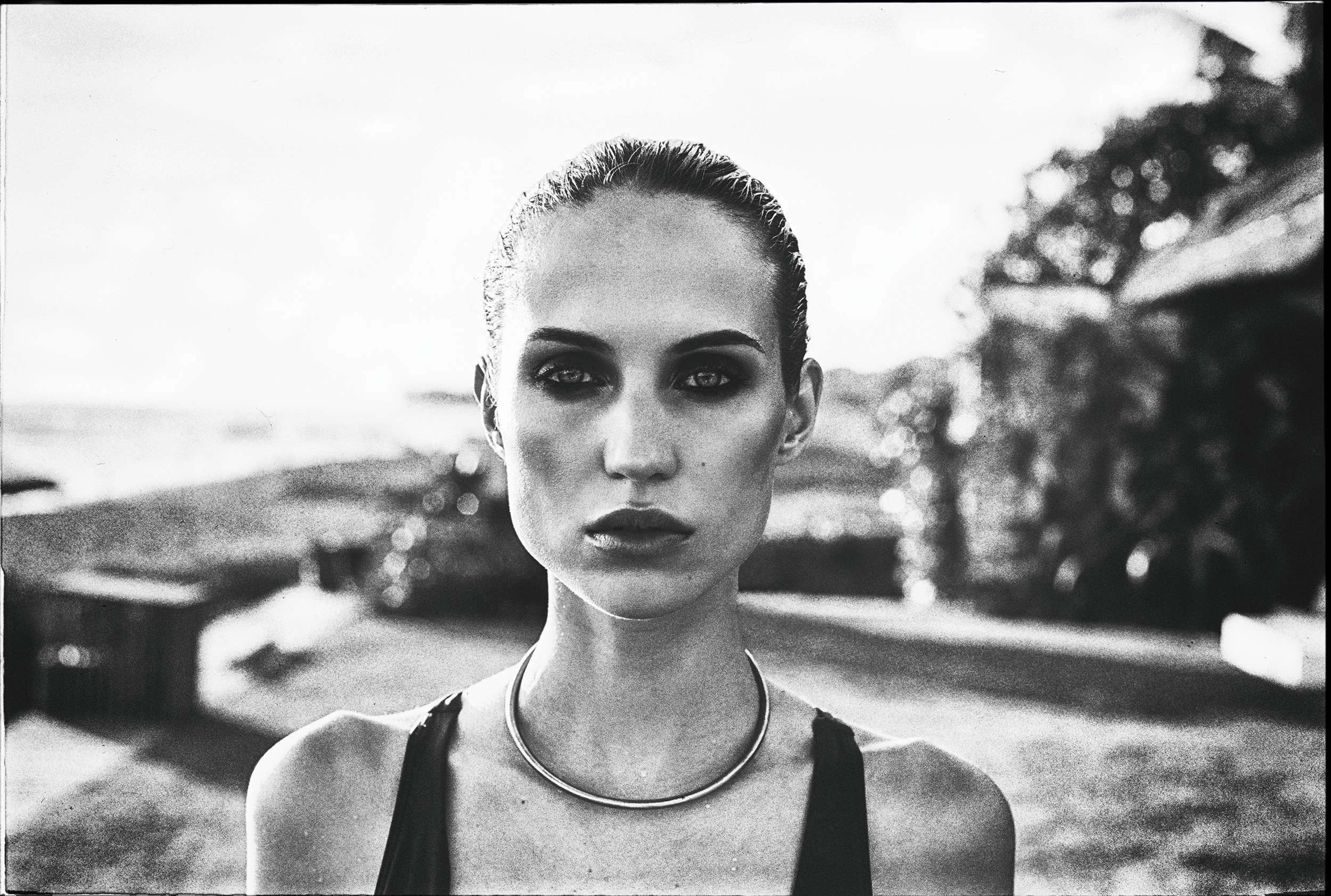 Commercial_Assignment_Bali_2018_Julien-Balmer-Fashion-Photography.jpg