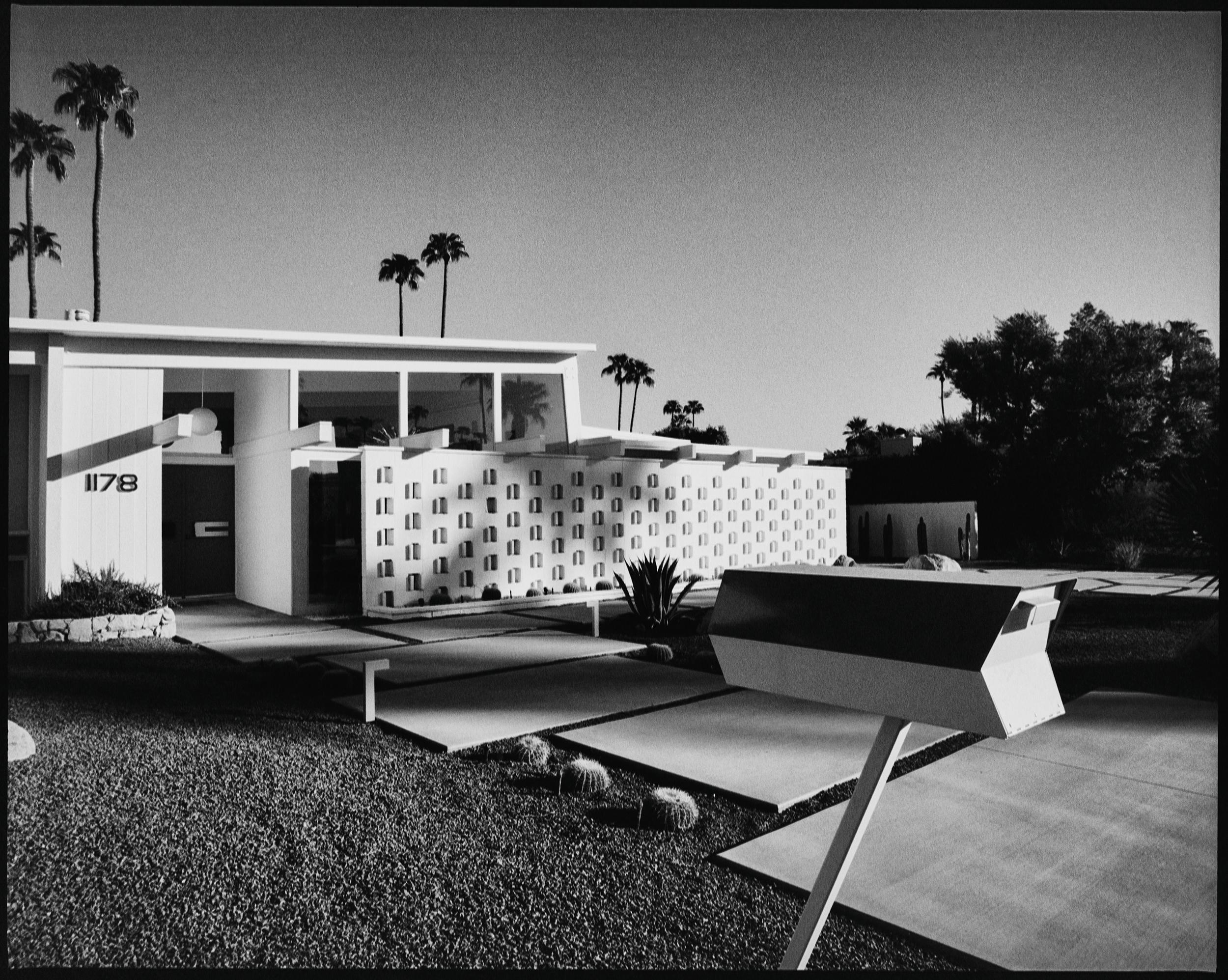 Mid-Century Modern, CA