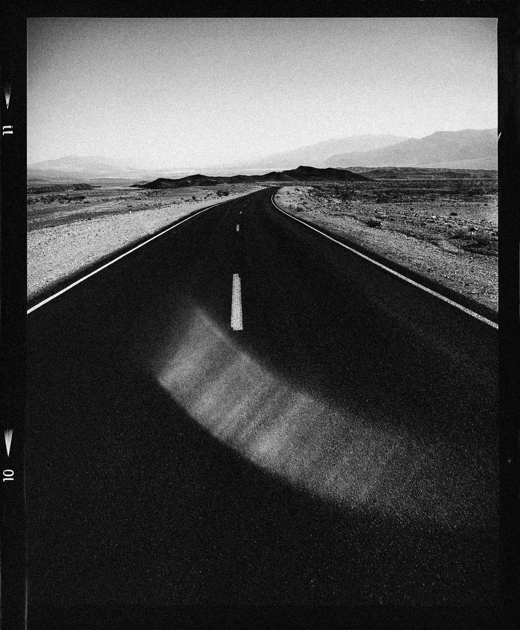 Death-Valley_Desert_Fine_Art_Landscape_Photographer_Julien_Balmer.jpg