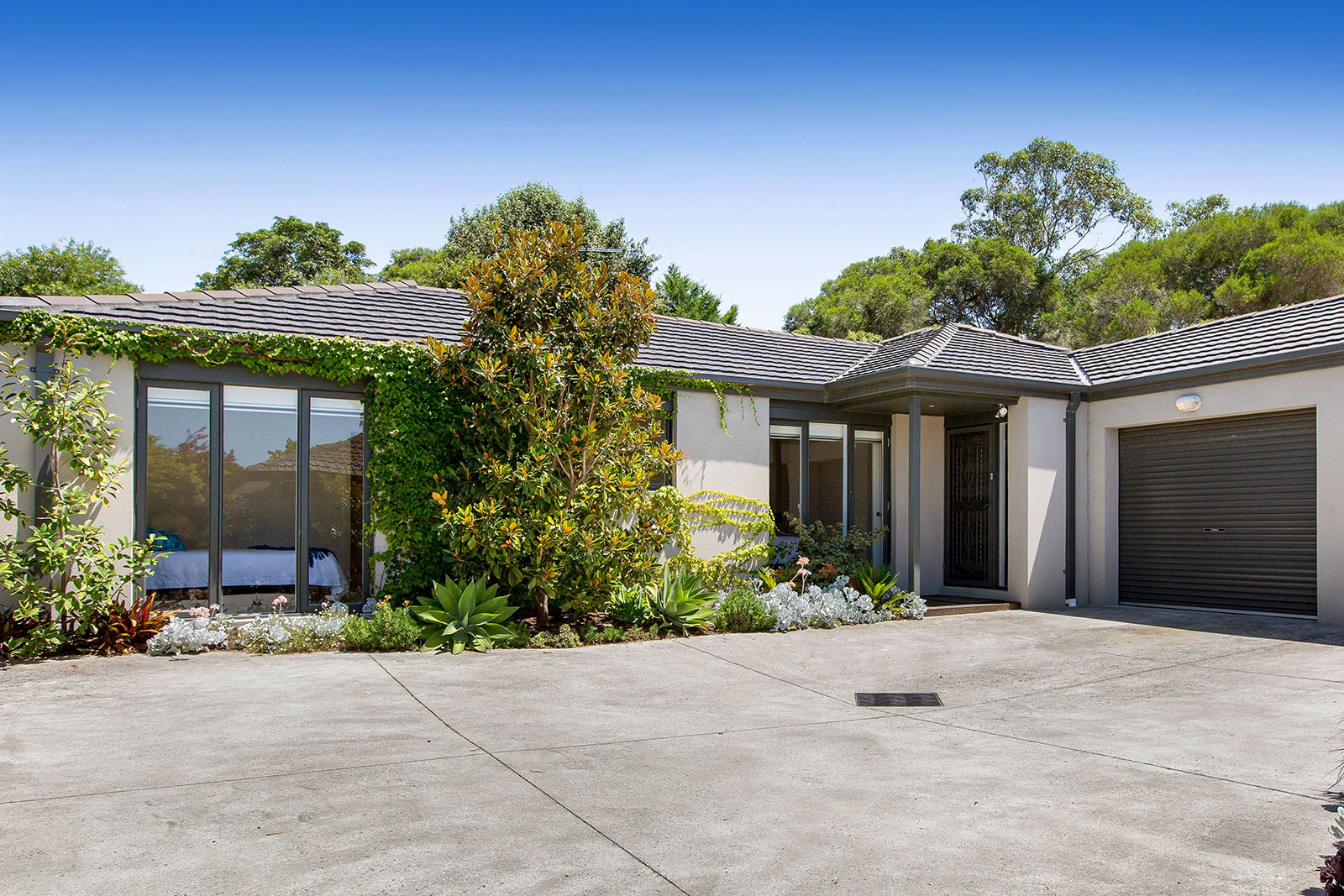 74a Fleetwood Crescent, Frankston South SOLD FOR $725,000 FEB 2018
