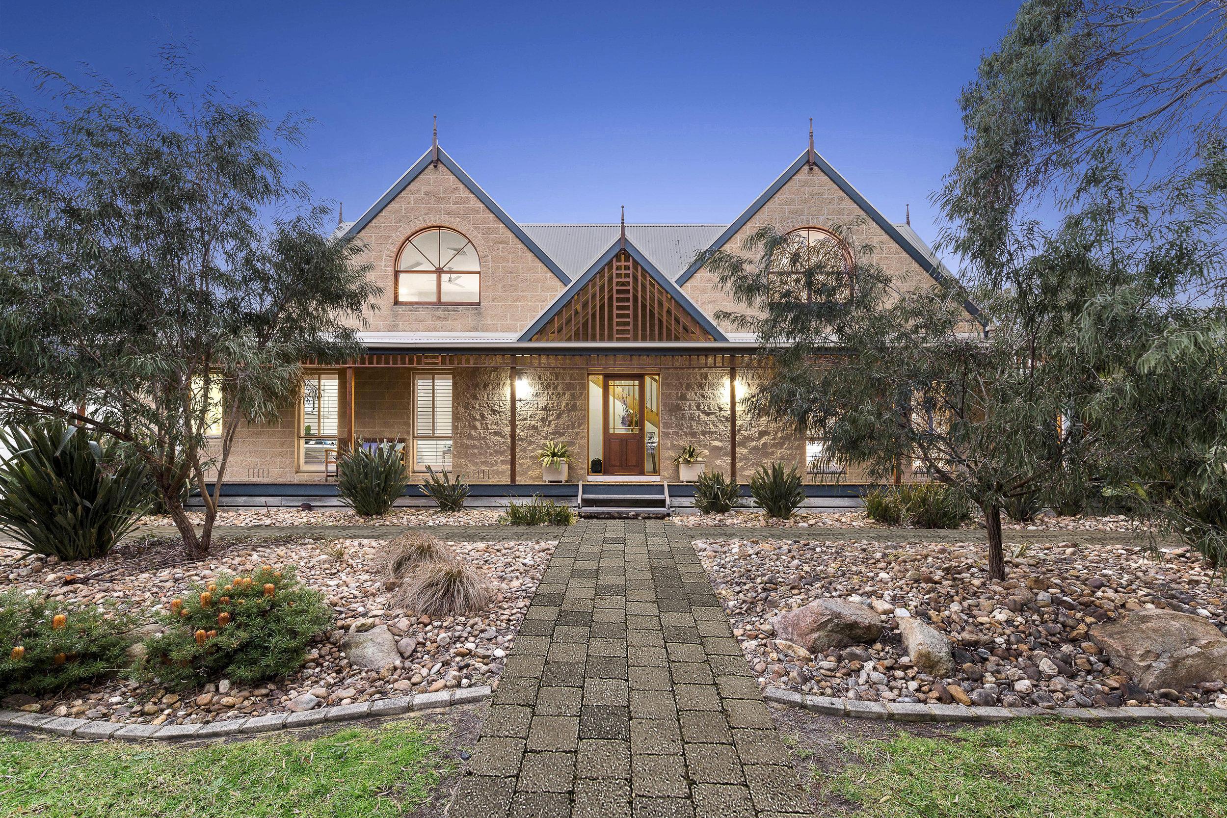 4 Jasper Court, Mount Martha SOLD 2017 Quote $1,600,000-$1,750,000  Sale Price Undisclosed