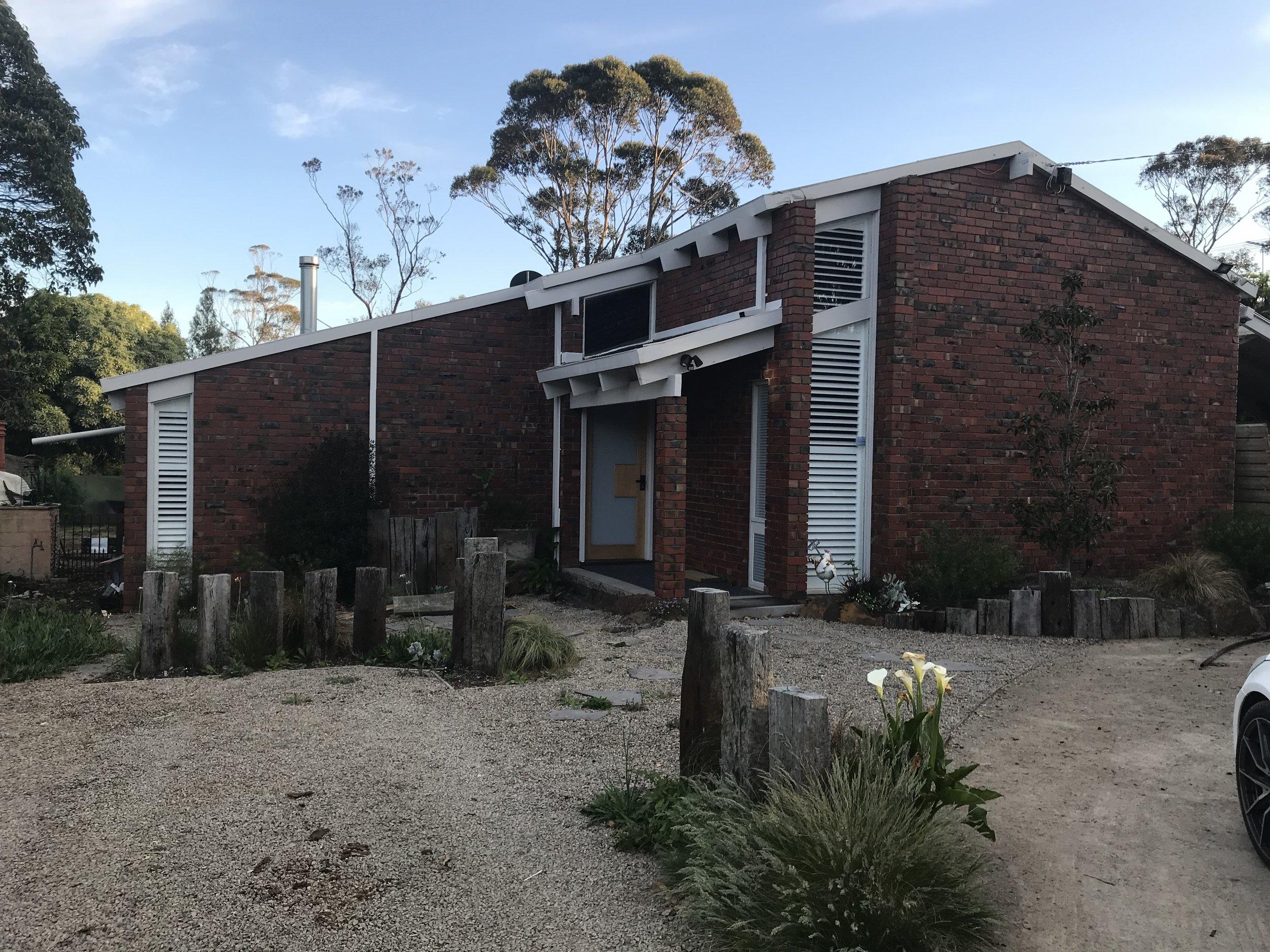 Mornington Home - Exterior - (BEFORE)