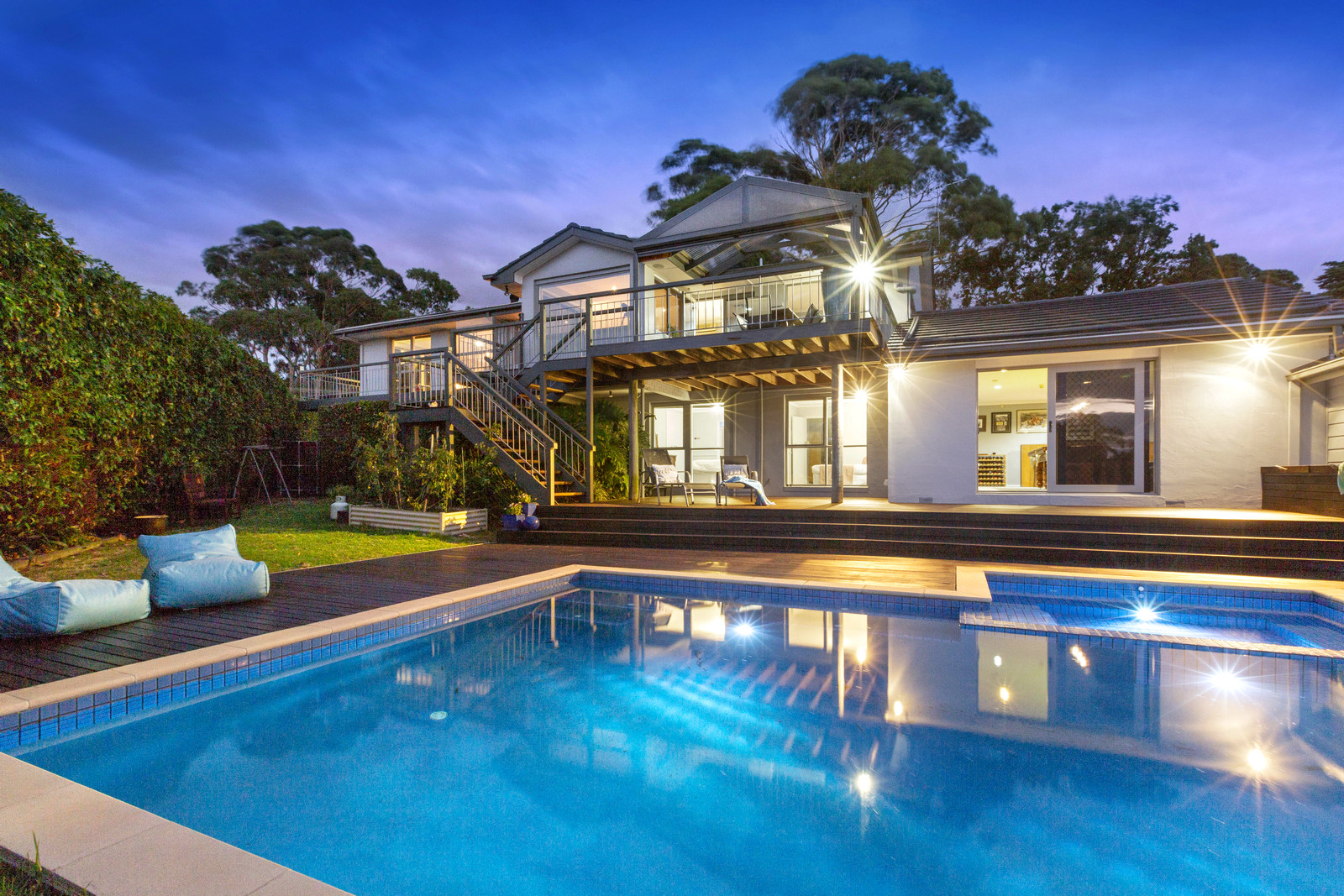 7 Barton Drive, Mt Eliza SOLD MARCH 2019 (QUOTING PRICE $1,825,000)