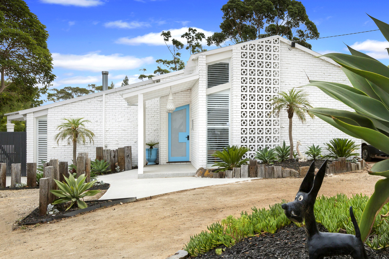 Mornington Home - (AFTER - A Palm Spring Inspired)