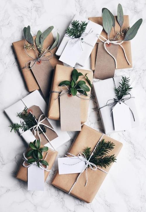 Natural present wrap