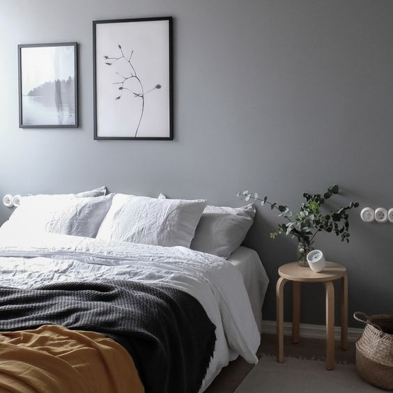 The subtle touch of mustard compliments this grey tone so nicely. If you want to create a intimate bedroom scheme keep it simple, add a darker wall shade, and you are good to go!