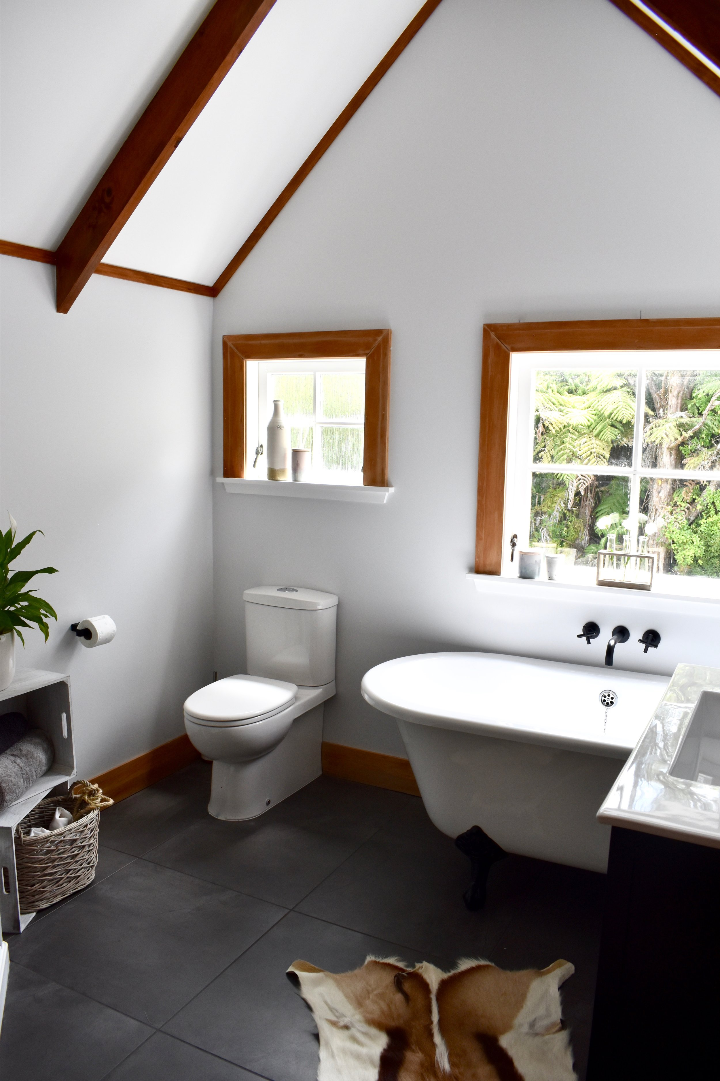Bathroom Renovations, Auckland NZ. Pocketspace Interiors