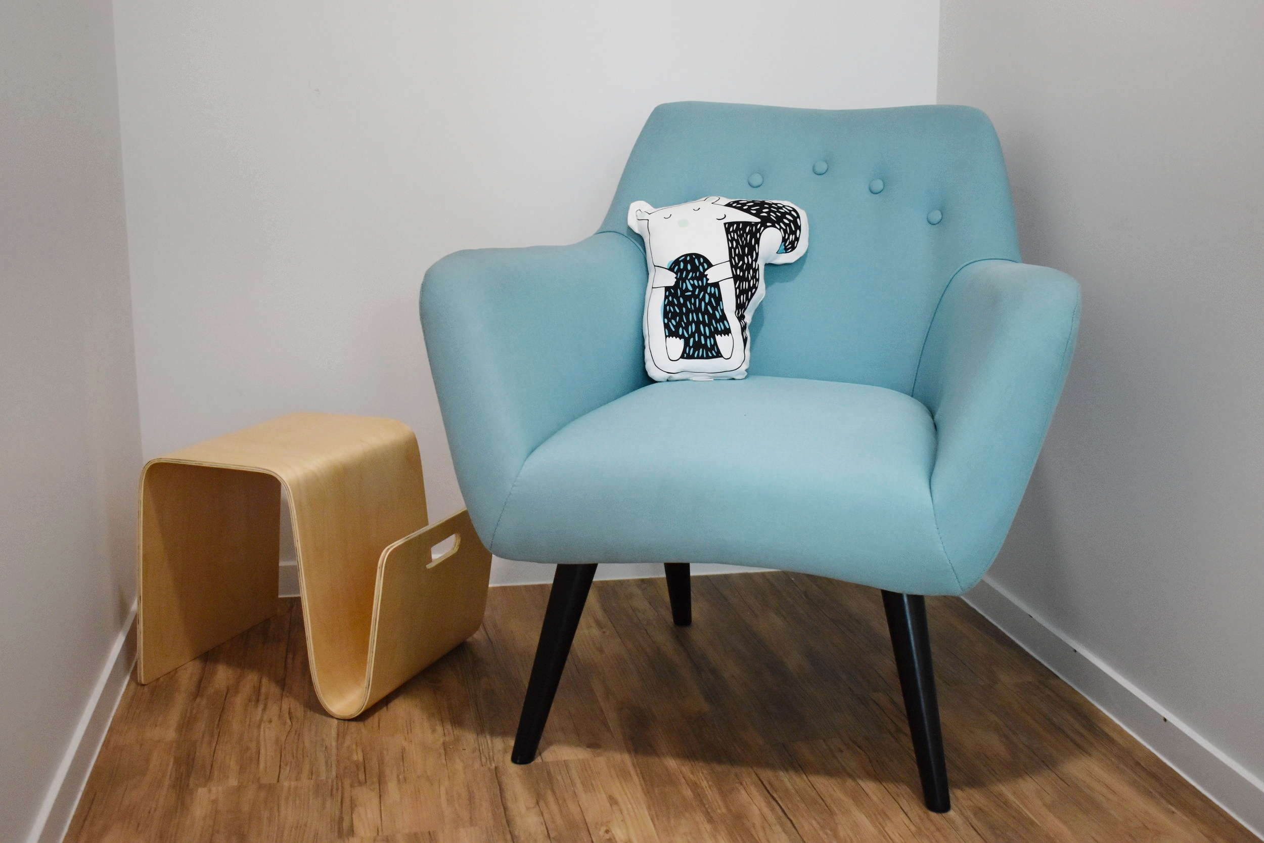 Mothers Feeding Room Armchair with Side Table and Magazine Holder