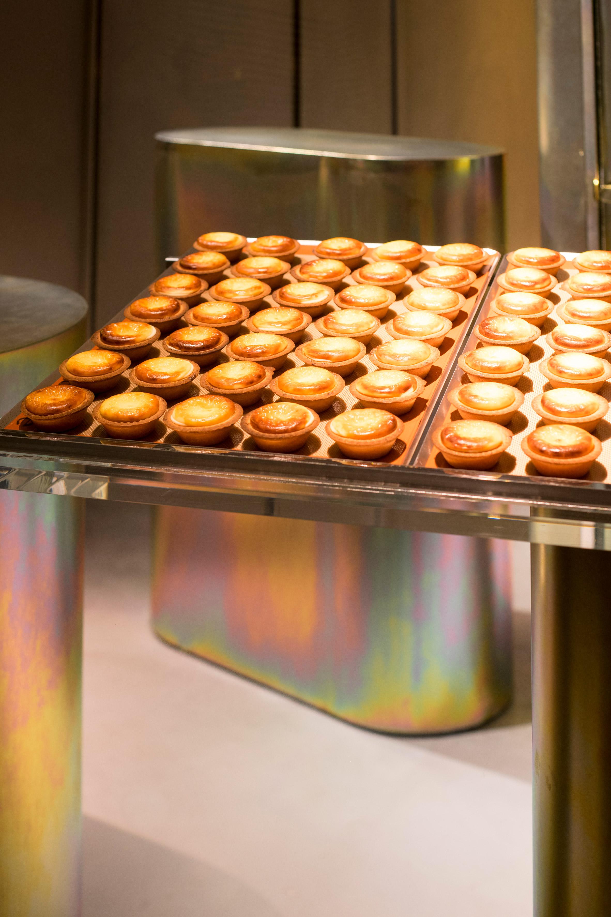 bake-cheese-tart-fumitaka-suzuki-interiors-retail-shops-japan.jpg
