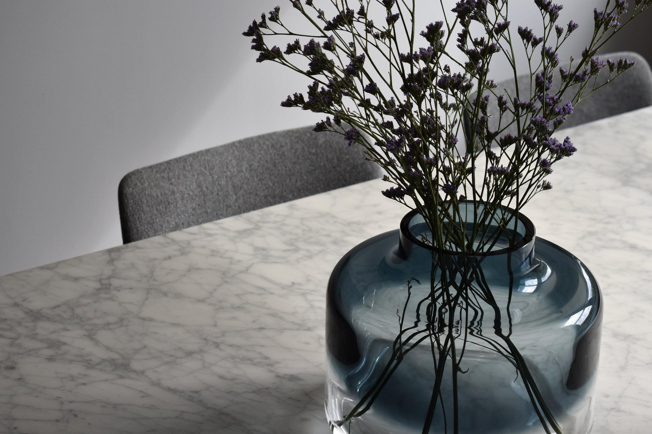dining.vase.detail.jpg