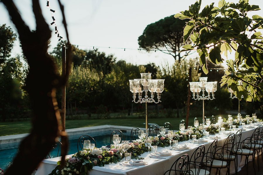102-get-married-in-cortona-villa-outdor-dinner-alfresco-table-decor-fittings.jpg