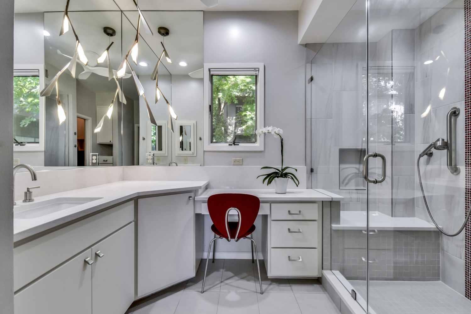 White Bathroom Interior Design Austin