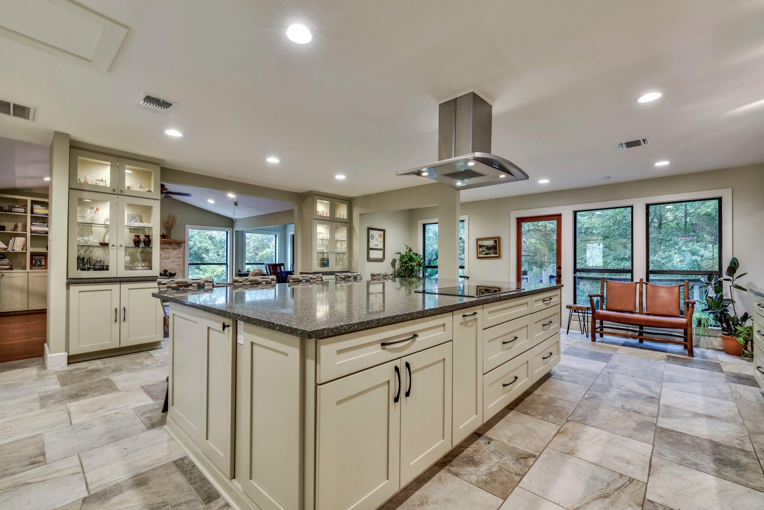 White kitchen remodel interior design