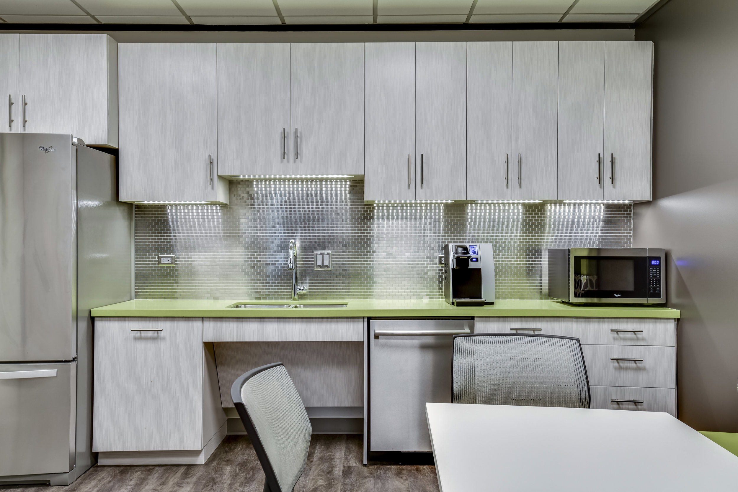 Office Kitchen Interior Design with Beautiful Kitchen Backsplash