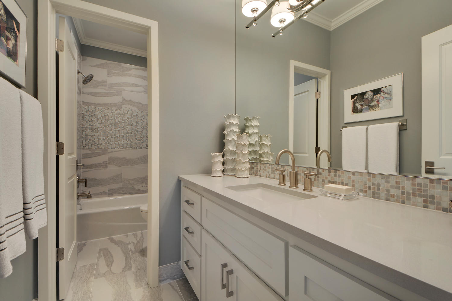 Light and airy guest bathroom design