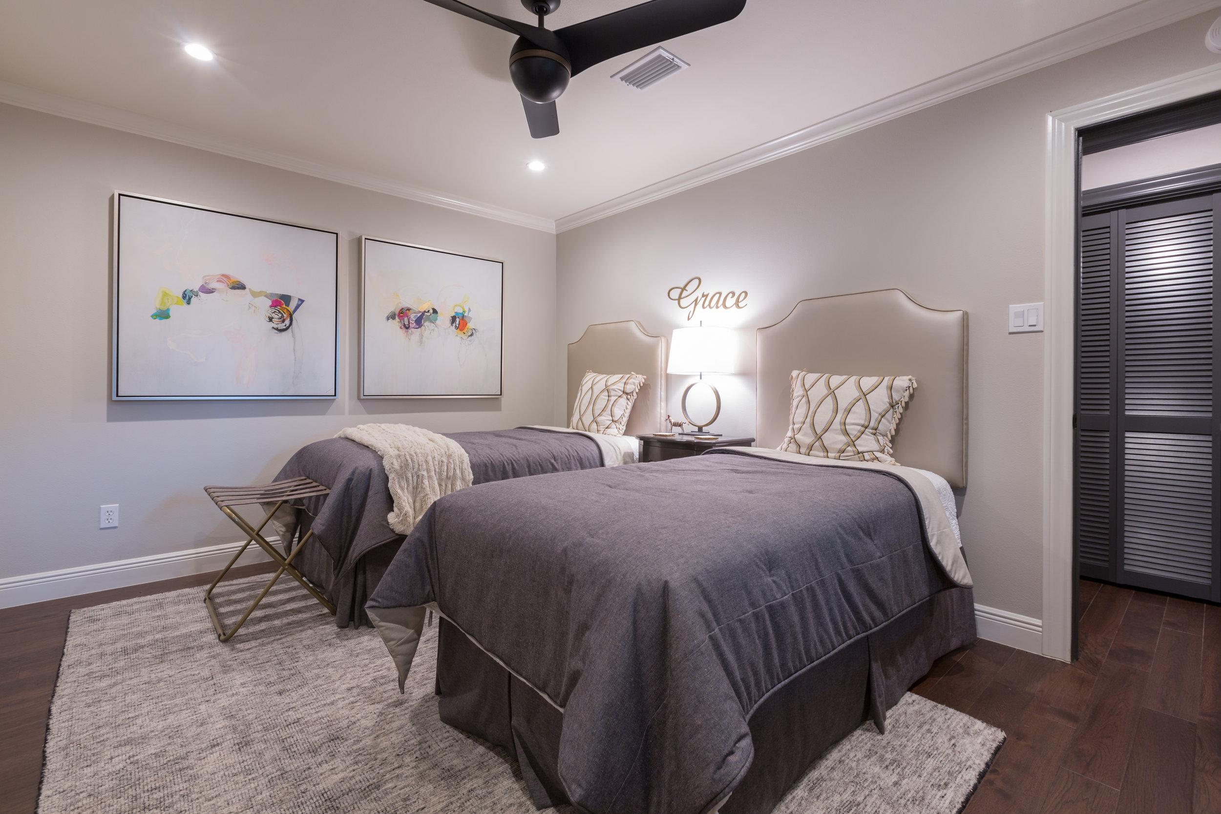 Twin Bed Guest Bedroom Design