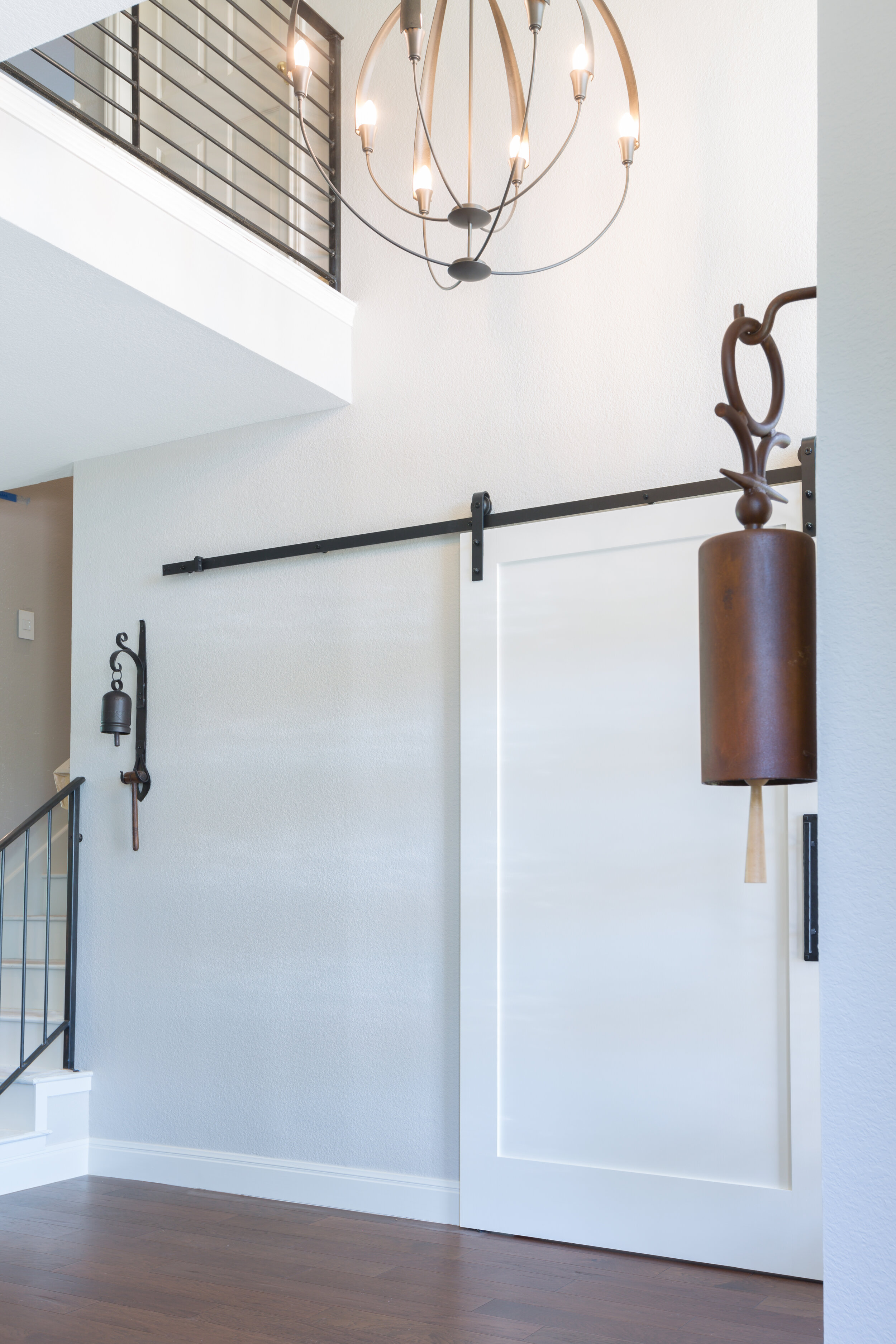 Transitional Airy entryway