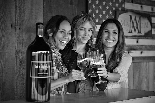 Have you taken a trip with you best friends lately? Plan a trip to Napa Valley! #NationalBestFriendDay