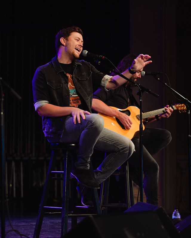 @ScottyMcCreery has performed at venues that range from World Series baseball fields to the White House, and now our very own Live In The Vineyard stage in Napa Valley.