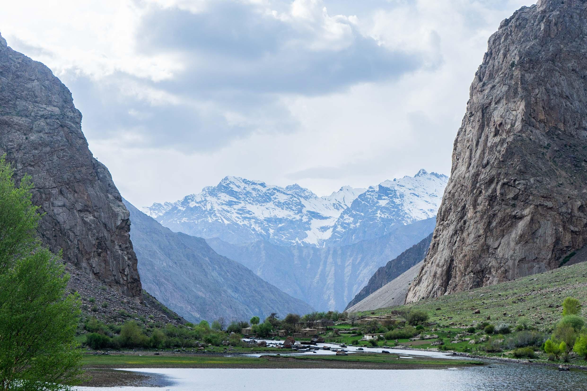 THE MOUNTAIN HAMLET - JIZEV