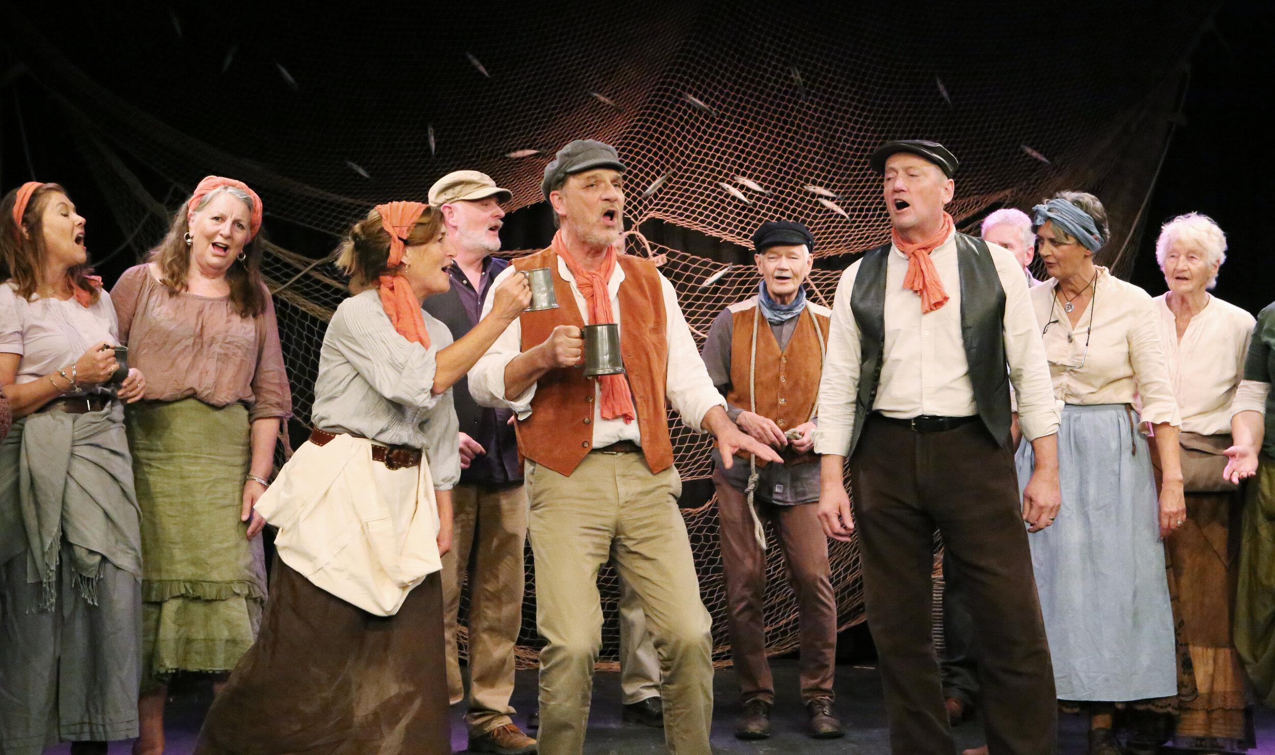 Trudi, Chris & Pete singing 'Drunken Sailor' in Lyme & Portland 2019