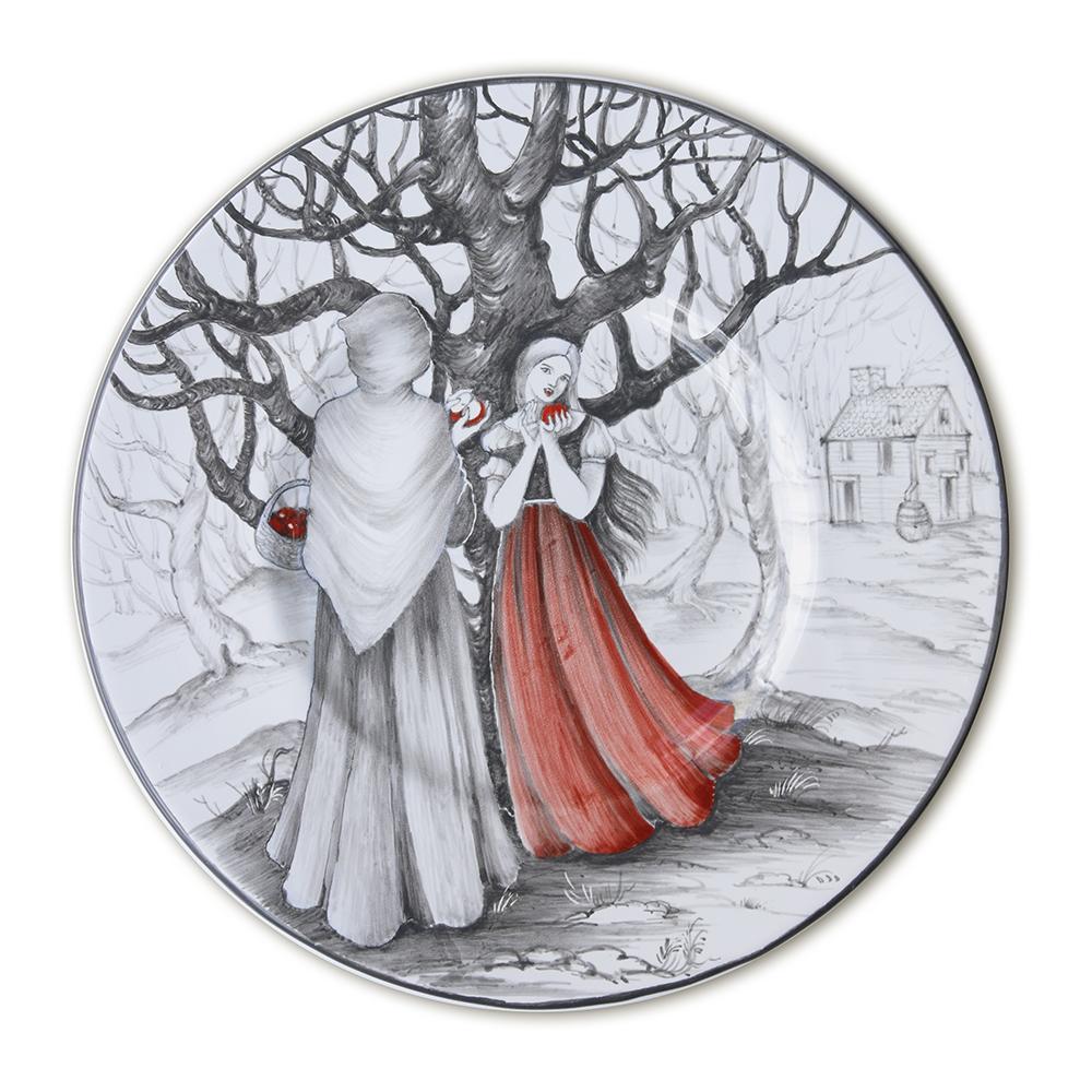 Biancaneve e strega.jpg