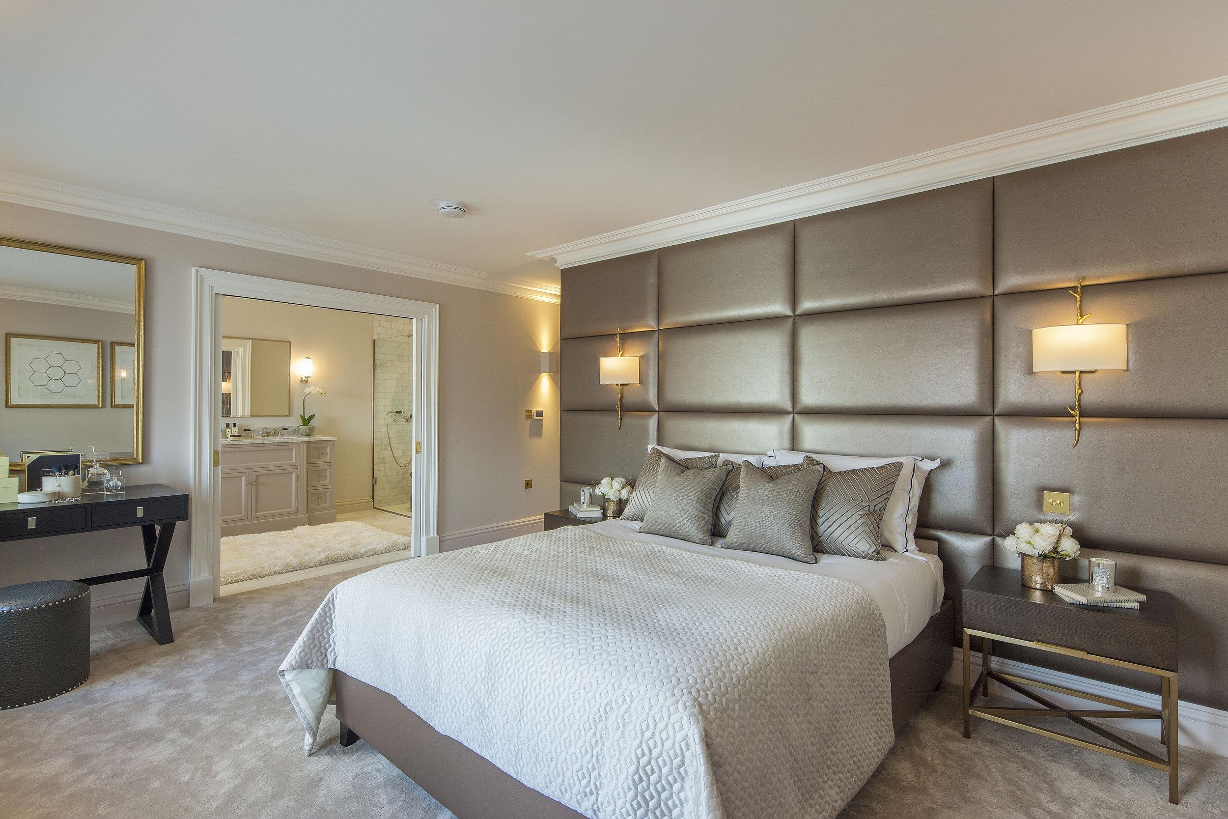Penthouse 2-4 Inverness Terrace - 350859 Master_RGB.jpg