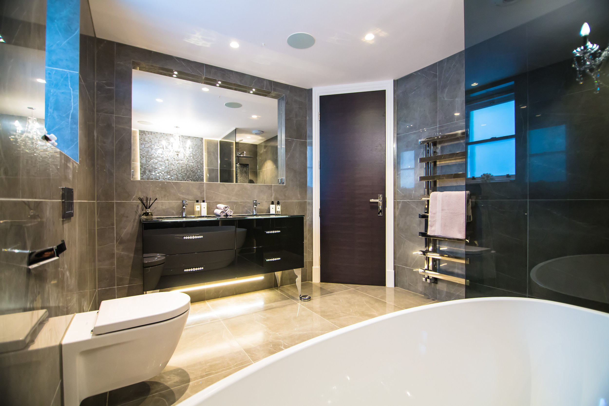 Master bathroom in penthouse.jpg