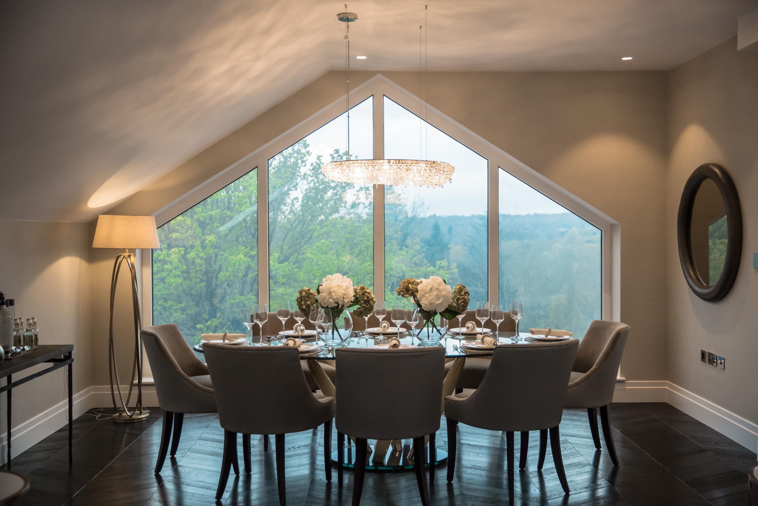 Penthouse dining area.jpg