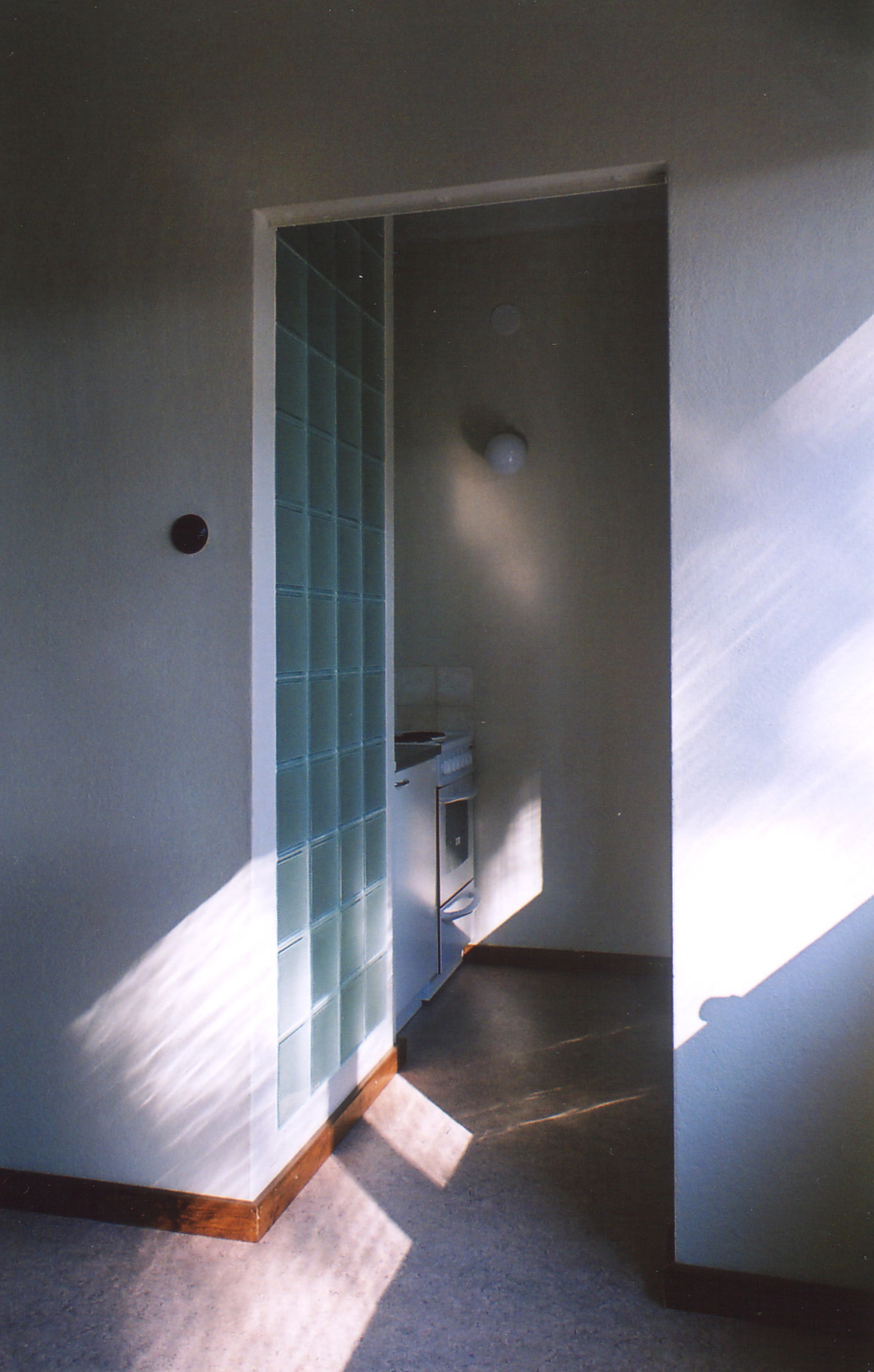 01-02Mäntylä-Honkala-Peruskorjattu-keittiö2 copy.jpg