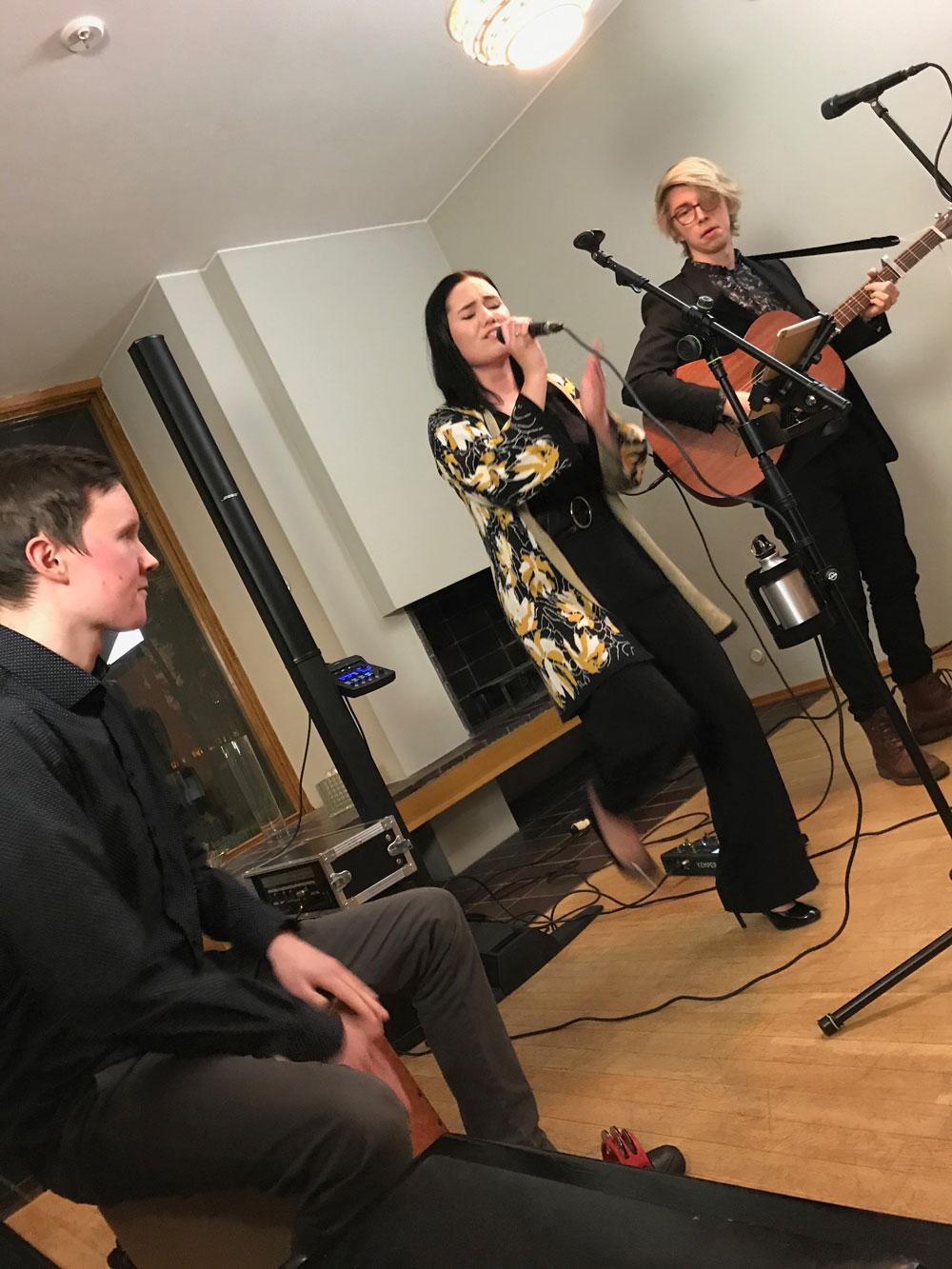 #trioELO Oskari Rönkkö, Emma Häyhä ja Luukas Viskari ©NATASHADESIGNFI