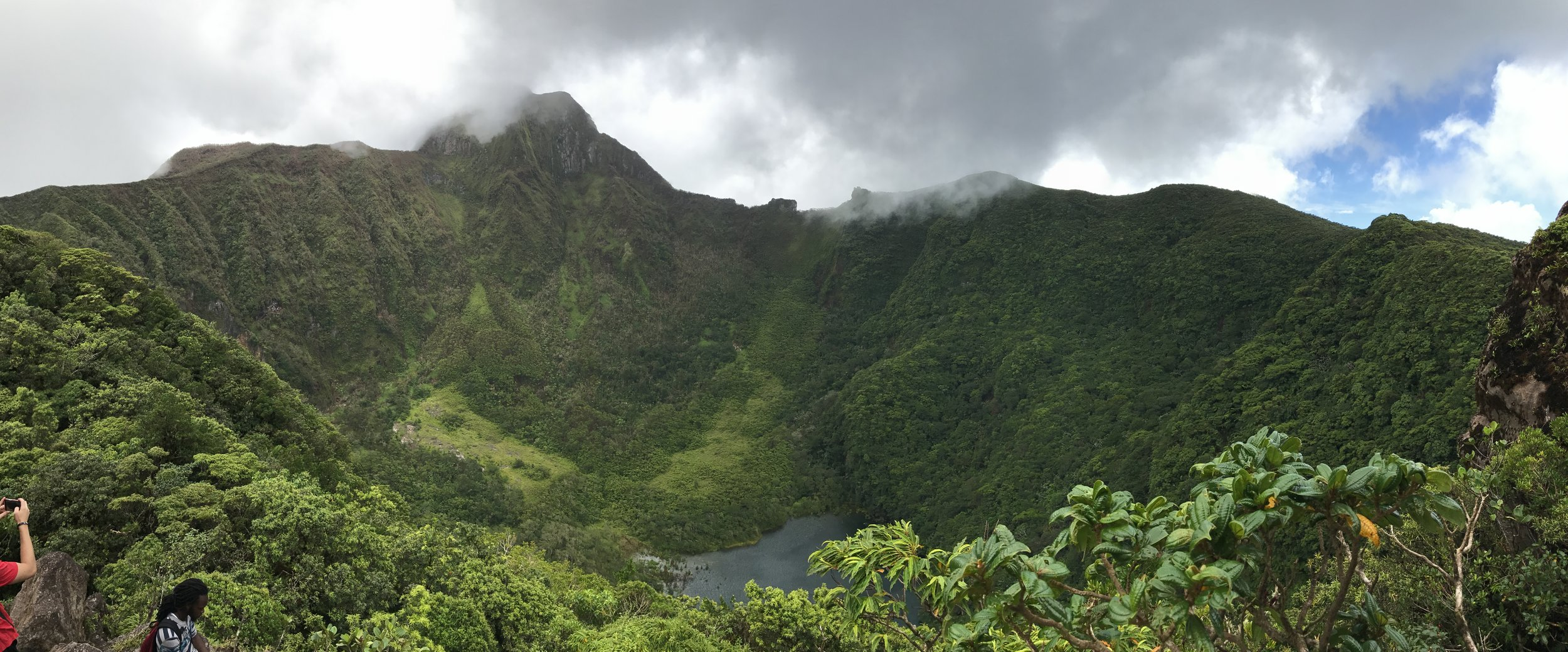 CRATER OF MOUNT LIAMUIGA, sT kITTS