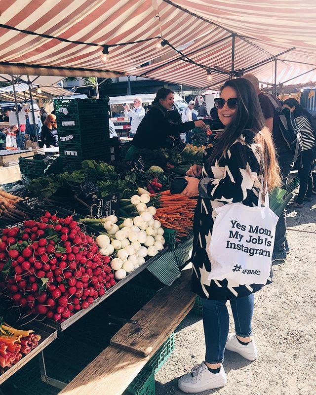 Mein Lauch und ich an einem meiner #happyplaces �. . . .  #lauch #markt #market #farmersmarket #afbmc #shopping #wochenmarkt #veggies #gemüse #vegetables #einkauf #marketplace #marktplatz#zuerich#oerlikon#foodheaven #swissblogger #swissfoodblogger #foodblog