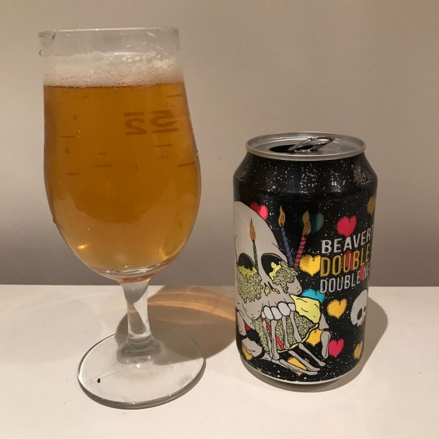 Double Chin - Double IPA 8.5% //Beavertown - Brewed as part of Beavertown's birthday celebrations, this supercharged version of Neck Oil was great - super hoppy and resin-y* (is that a word?).I found this to be a lot less fruity than other DIPAs I've had recently which was a welcome change. Definitely a maltier type but enjoyable.*Apparently the word I was after is 'resinous'. The more you know.