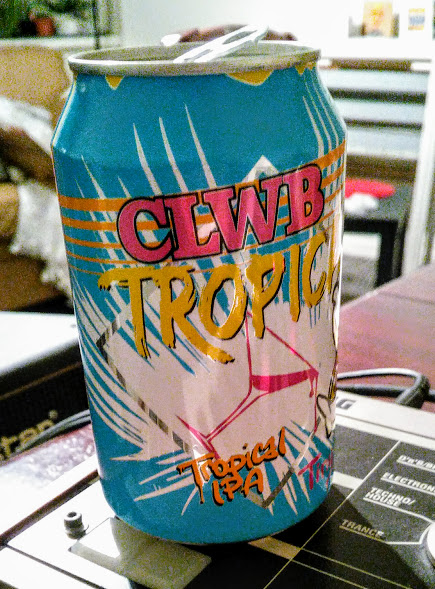Clwb Tropicana - American IPA 5.5.% //Tiny Rebel Brewing Co - It took me bloody ages to get my hands on a can of this, thankfully I wasn't disappointed.Light with great tropical flavours and really cool can art to boot. Hopefully I can try it somewhere on tap soon.