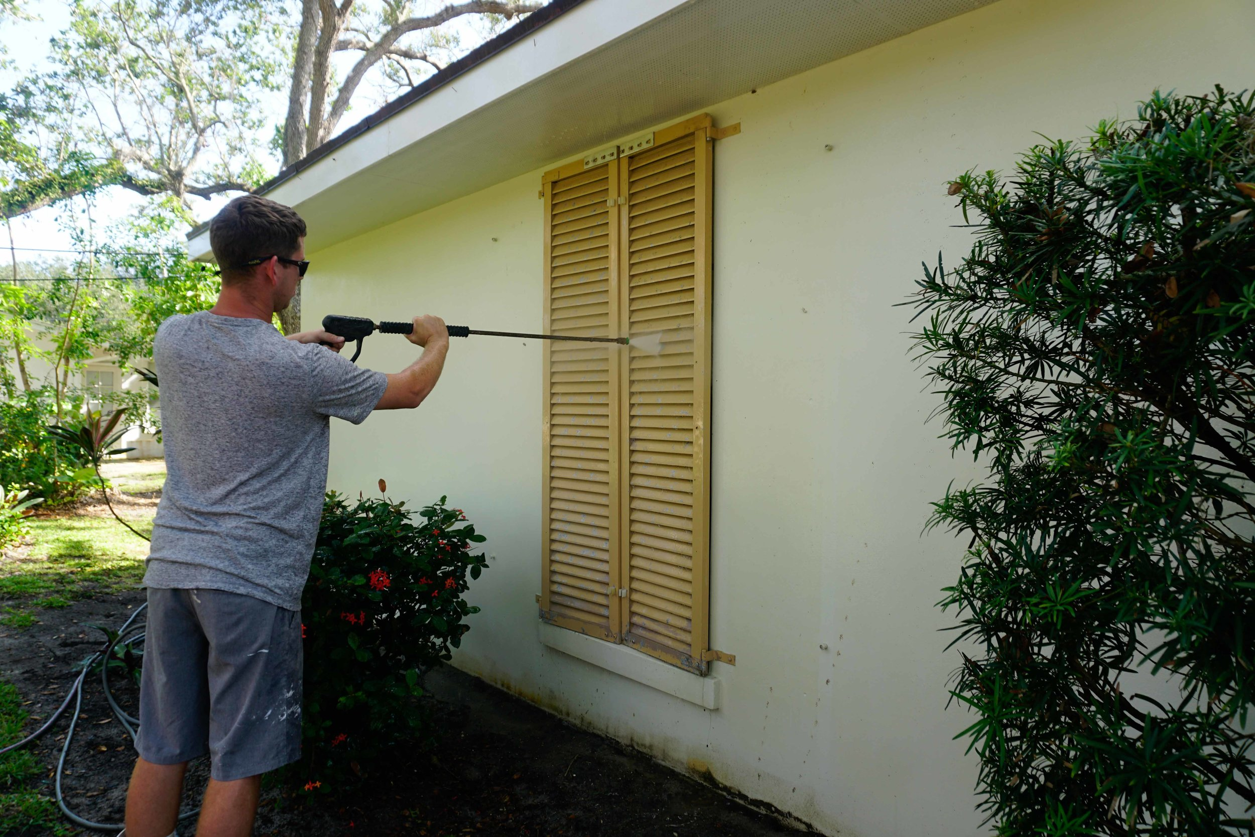 Pressure Cleaning -