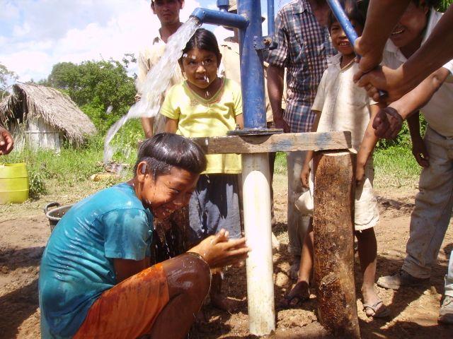 San Juan De la Cruz well drilling March 2007 246.jpg