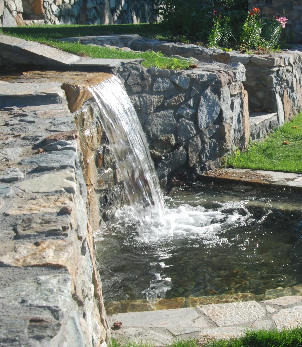 waterfallcloseup.jpg